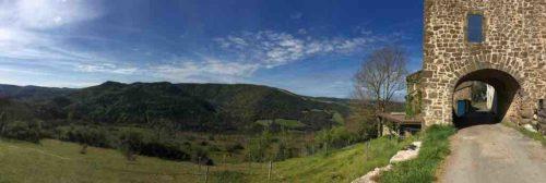 V1 - le hameau d'Algues (photo Guy Cambessedes)