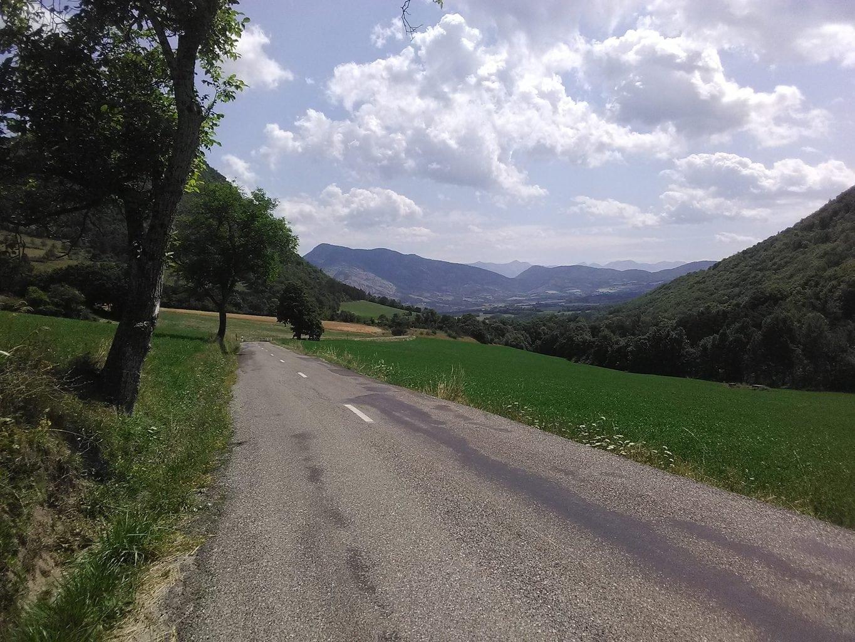 R1 - descente col de Sarraut - © Robert Yonnet