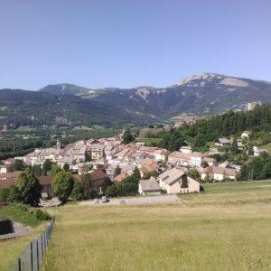 R5 - village de Seyne Les Alpes © Robert Yonnet